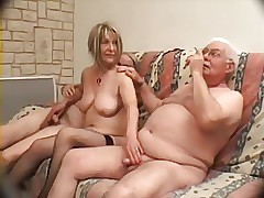 Threesome sexy clips - tubo adulto